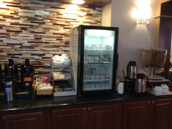 Best Western Plus The Inn At Sharon/Foxboro: Zengin içerikli kahvaltı