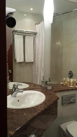 HP Park Hotel - Poznan: bathroom