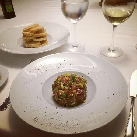Clivia: Tartar de Atun
