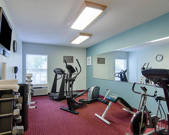 Comfort Inn West: ARFitness