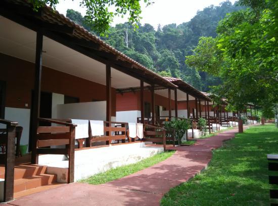 Vikri Beach Resort Pangkor: The resort chalets