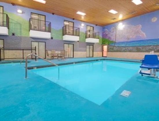 Days Inn East Albuquerque: Pool