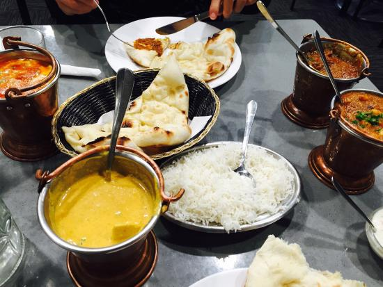 Banquet Feast For 2 People Butter Chicken Rogan Josh Lamb Or