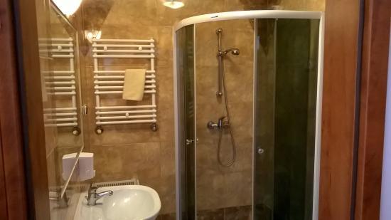 Hotel Nidzki: łazienka