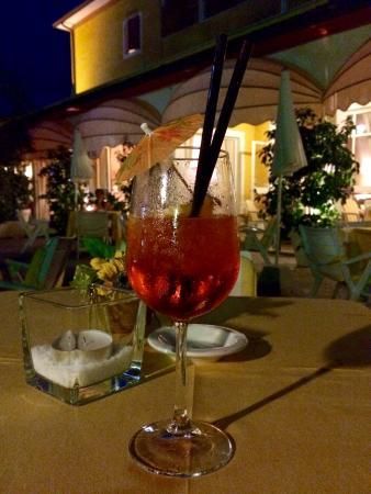 La Quiete Park Hotel : Spritz in giardino