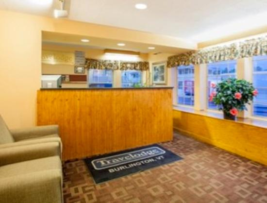Travelodge South Burlington: Lobby
