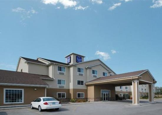 Photo of Sleep Inn & Suites Pleasant Hill
