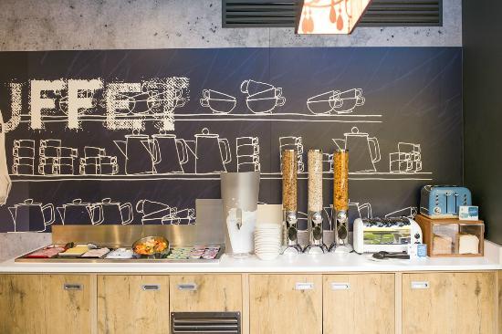 Hotel Etap Belfast: Breakfast Buffet