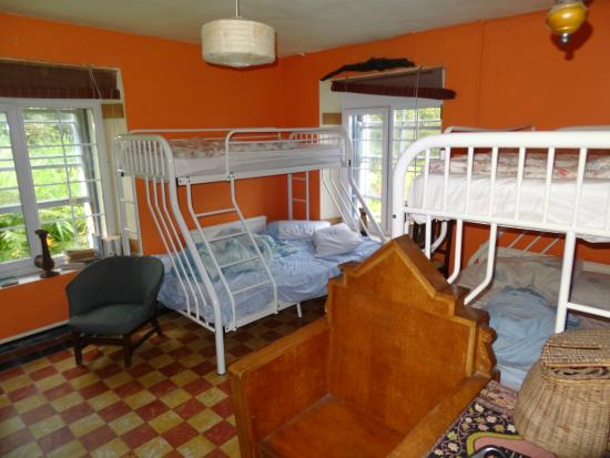 """Old Monastery Hostel: La chambre """"African"""" (6 places)"""