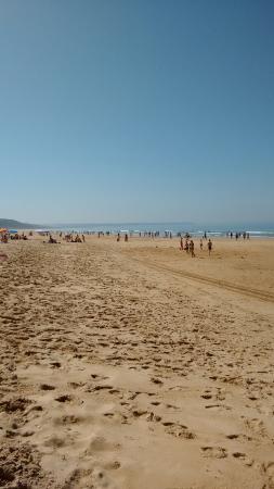 Fonte da Telha Beach: Em pleno mês de Agosto