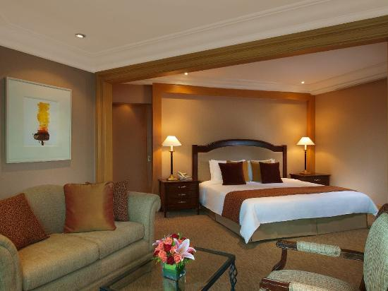 The Heritage Hotel Manila: Millennium Suite with King Bed