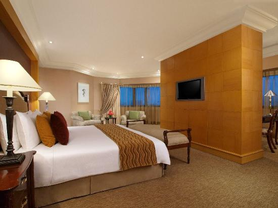 The Heritage Hotel Manila: Presidential Suite with King Bed