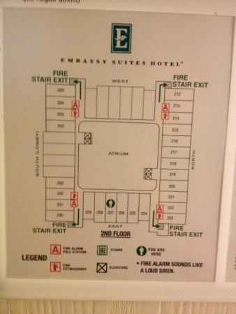 Floorplan (atrium in middle) - Picture of Embassy Suites by Hilton ...