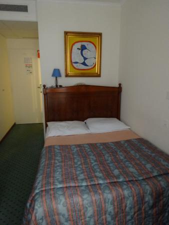Hotel Churchill : Одноместный номер