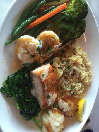 Pietro's On The River : Seafood Rivera