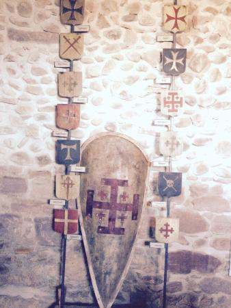 Prison des eveques : Les ordres défenseurs du pèlerin