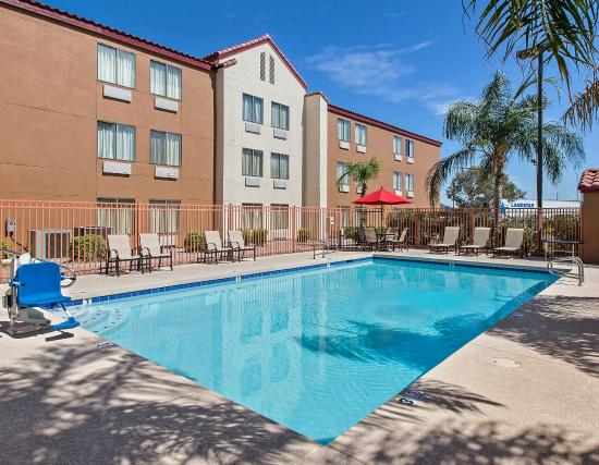 Red Roof Inn Phoenix North - Bell Road: Pool