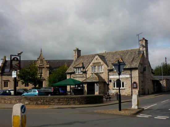 Hand Inn Public House