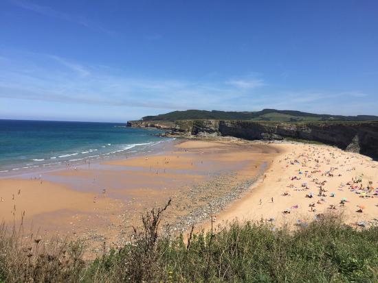 Piscina natural en langre picture of playa de langre - Piscina playa ...