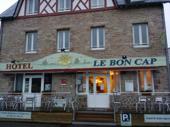 Hotel Le Bon Cap: Fachada del hotel