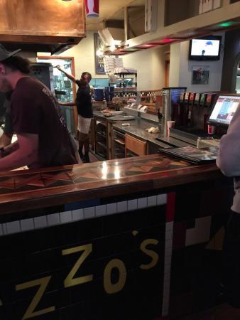 Pazzo's Pizzeria : Making pizza fresh!