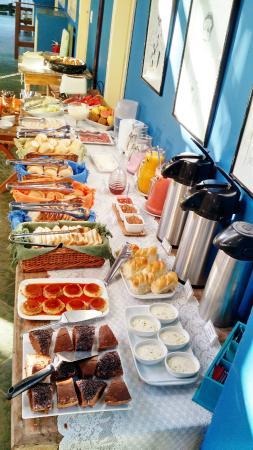 Pousada Recanto das Estrelas: Buffet do Cafe da Manha