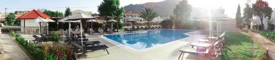 Bel Mare Hotel: Pool