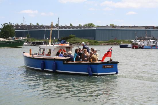 "‪‪Oulton Broad‬, UK: M/L ""Terrier"" Launch‬"