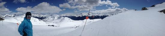 Belle Neige Suites: Whistler: 6minutes to Whistler Gondola- discount Ski Passes