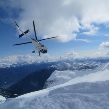Belle Neige Suites: Whistler: Heli Ski Packages