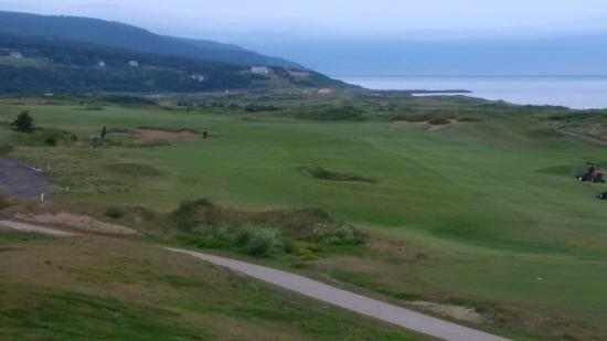 Cabot Links Resort: First Hole at Cabot Links