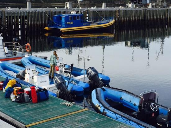 Mingan Island Cetacean Study Research Station : zodiaque pour sortie en mer