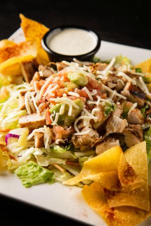 Billy's Sports Grill: Santa Fe Salad topped with marinated grilled chicken and homemade salsa