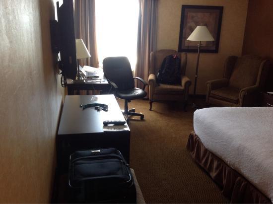 Holiday Inn Calgary Airport: Room 421