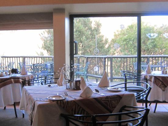 uKhahlamba-Drakensberg Park, แอฟริกาใต้: Restaurant mit schönem Ausblick