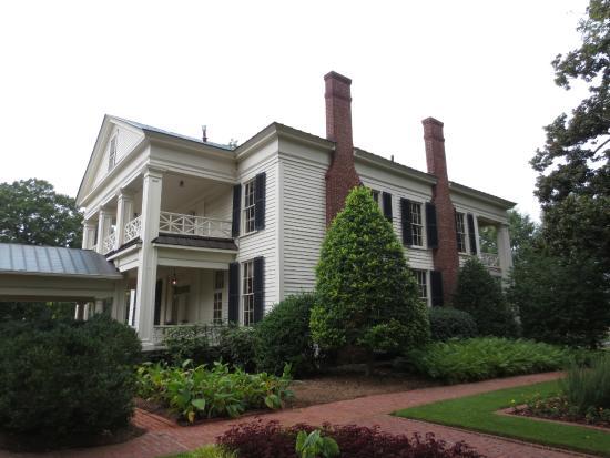 Walkway To The Gardens Nh C A Arlington Antebellum Home And Gardens Birmingham Tripadvisor