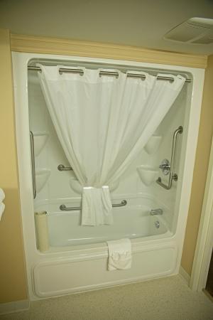 Amsterdam Inn Quispamsis: Bathroom
