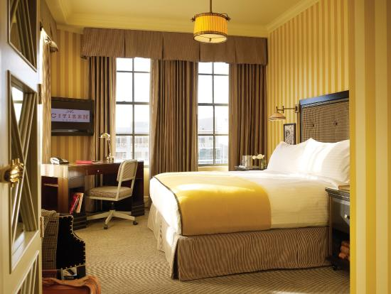 The Citizen Hotel, Autograph Collection: CZNGuestroom Queen Yellow