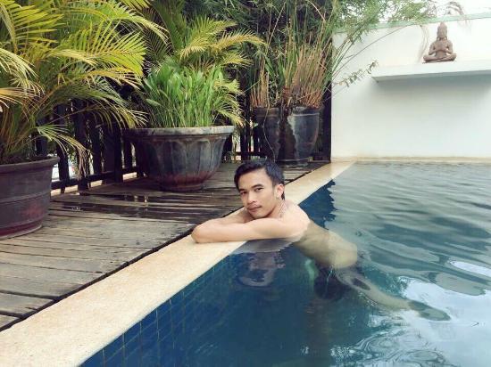 باساجيو بوتيك هوتل: สระว่ายน้ำ