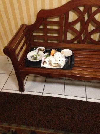 Fenwick Inn: leftovers left out