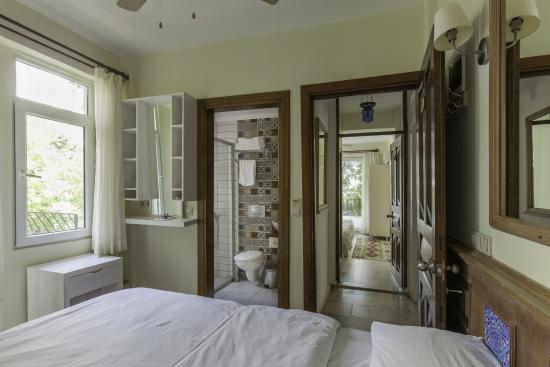 Hideaway Hotel: Rooms