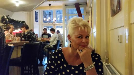 aan tafel - Foto van Ristorante Pizzeria Galtelli ...
