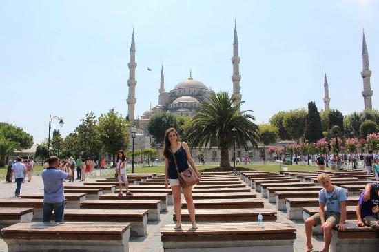 Sultanahmet Meydanı - Picture of Sultanahmet Square ...
