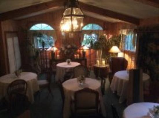 Dining Room Wickwood Inn