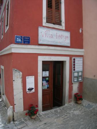 Entrance to Villa Borgo