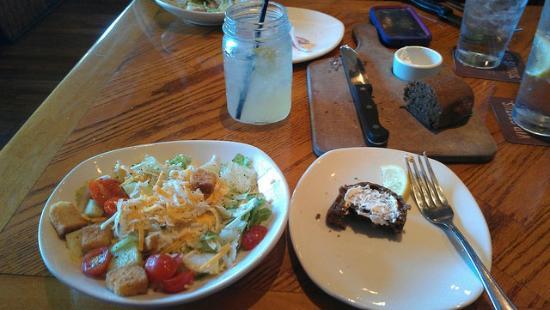 margarita salad and bread picture of outback steakhouse tulsa tripadvisor tripadvisor