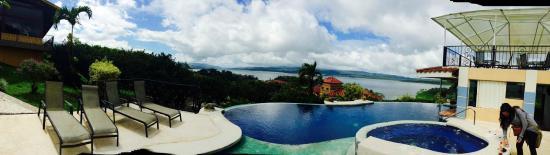 Linda Vista Hotel: Pool & Jacuzzi