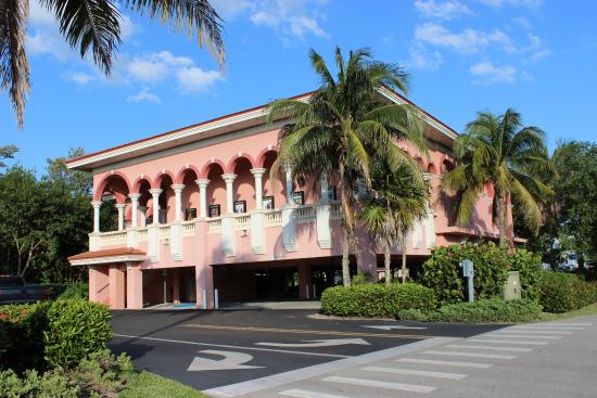 Fort Myers Beach Theater