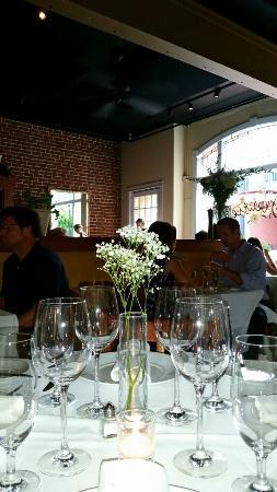 Fleurie Restaurant: Inside view of restaurant