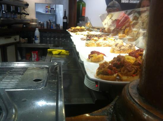 Restaurante el diluvio en santander con cocina otras for Cocinas santander